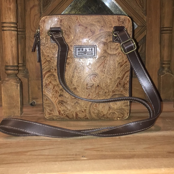 Relic Handbags - Relic Crossbody Wallet Bag holds everything